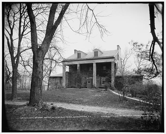 The Highlands, home of Charles J. Nourse, circa 1902. (Library of Congress)