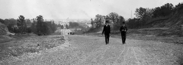 """Looking toward city from Massachusetts Avenue"", 1905 (detail). (Photo by Frederick G. Clapp via the University of Wisconsin, and Old Time D.C.)"