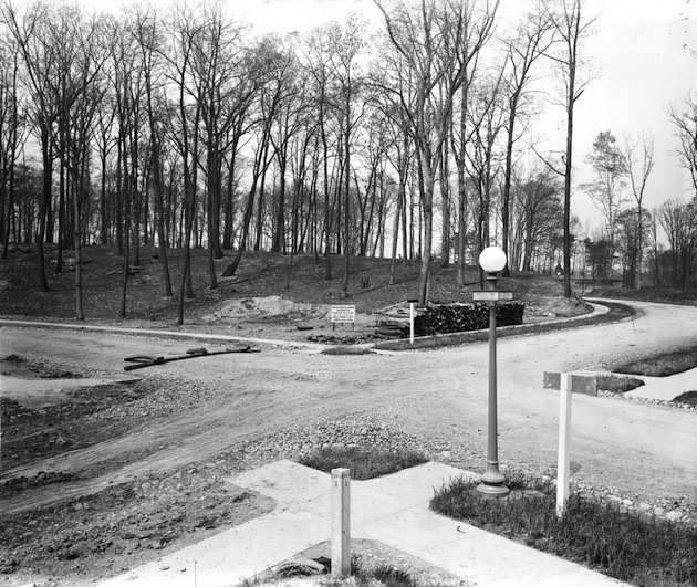 "Massachusetts Avenue Heights (Woodland Drive and 32nd Street NW), 1913. ""Magnificent Villa Sites, from ¼ acre to 9 acres in size, Thos. J. Fisher & Co."" (Library of Congress, via Ghosts of DC)"